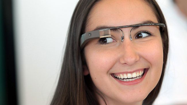 google Glass fille