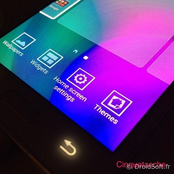 Samsung-TouchWiz-Themes-Feature-01