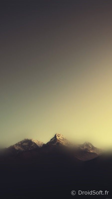 wallpaper-blur-flou-colors- montagne blur smartphone