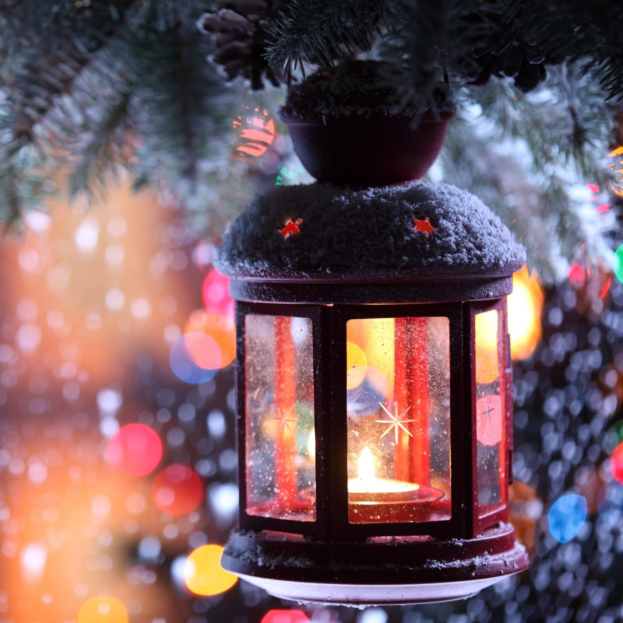 candle_torch_branch_snow_winter_snowflakes_christmas_tree_77025_2048x2048