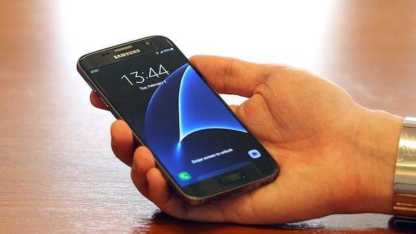 Galaxy-S7-Gris-Avant