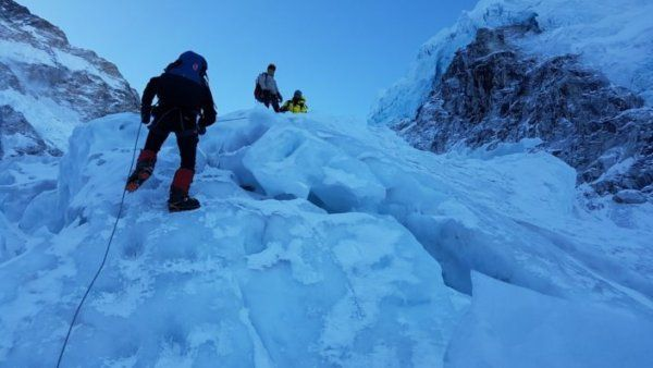 Everest_Heo_Main_2