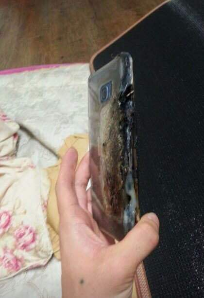 Galaxy-Note-7-explodes-1