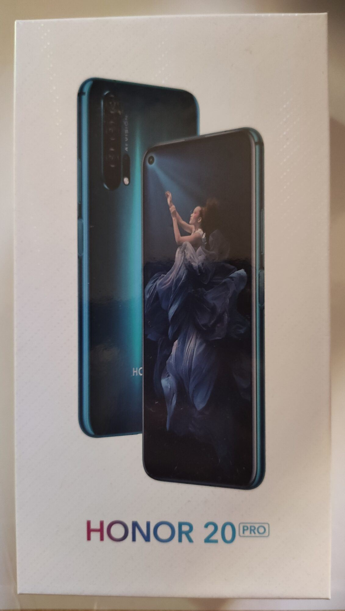 honor 20 pro capteurs 48 MP Android Magic UI dos Huawei reflets verre boîte