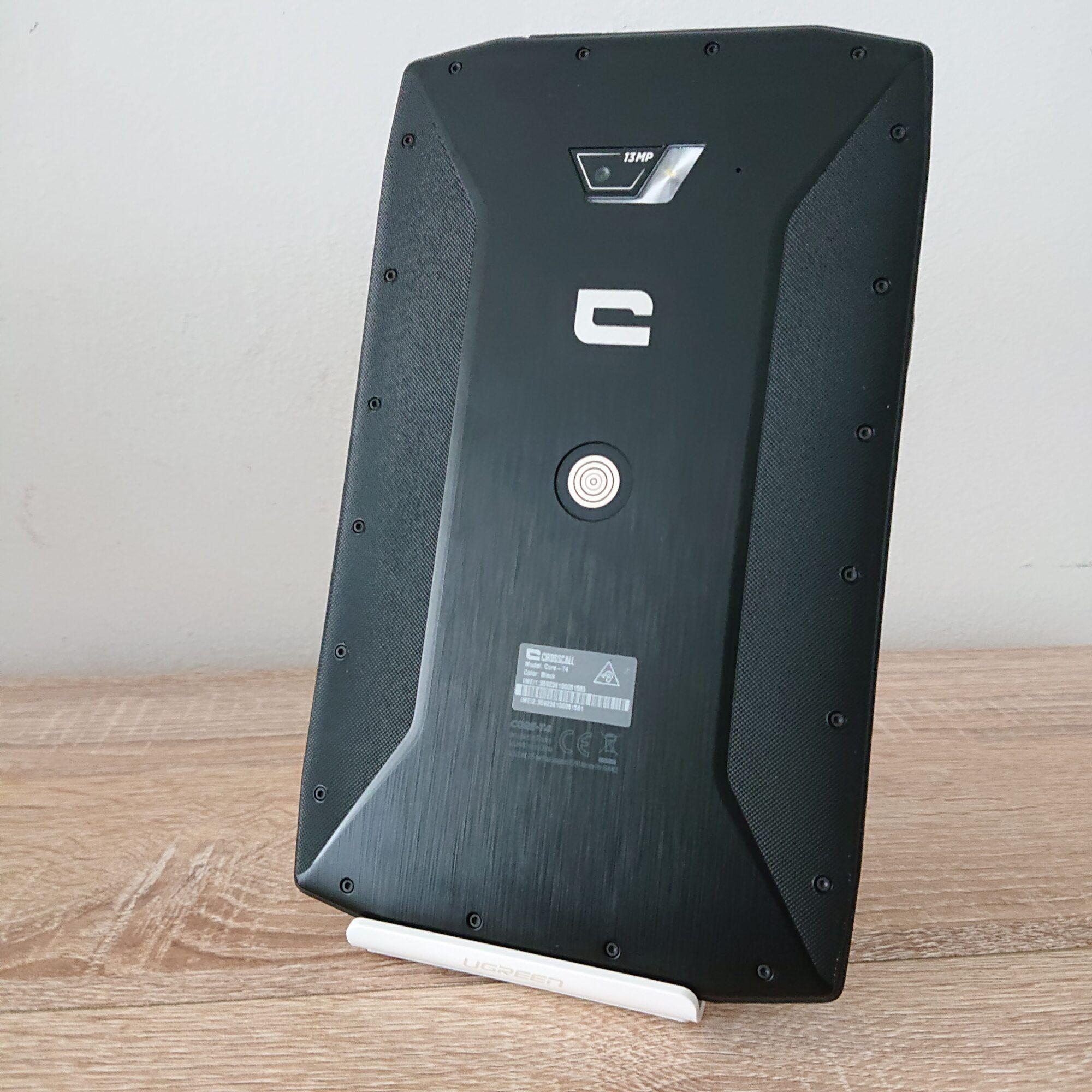 une face arrière qui ne fait vraiment tablette