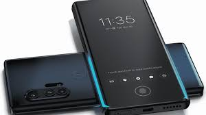 , Motorola monte en gamme avec la 5G