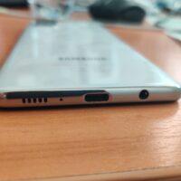 Test du Samsung Galaxy A71 : un très bon téléphone 100 euros trop cher