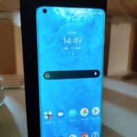 Test – Motorola Edge : Milieu de gamme complet