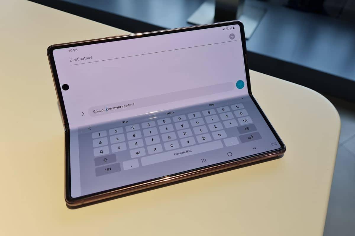Flex mode clavier en bas mode ordinateur smartphone pliable