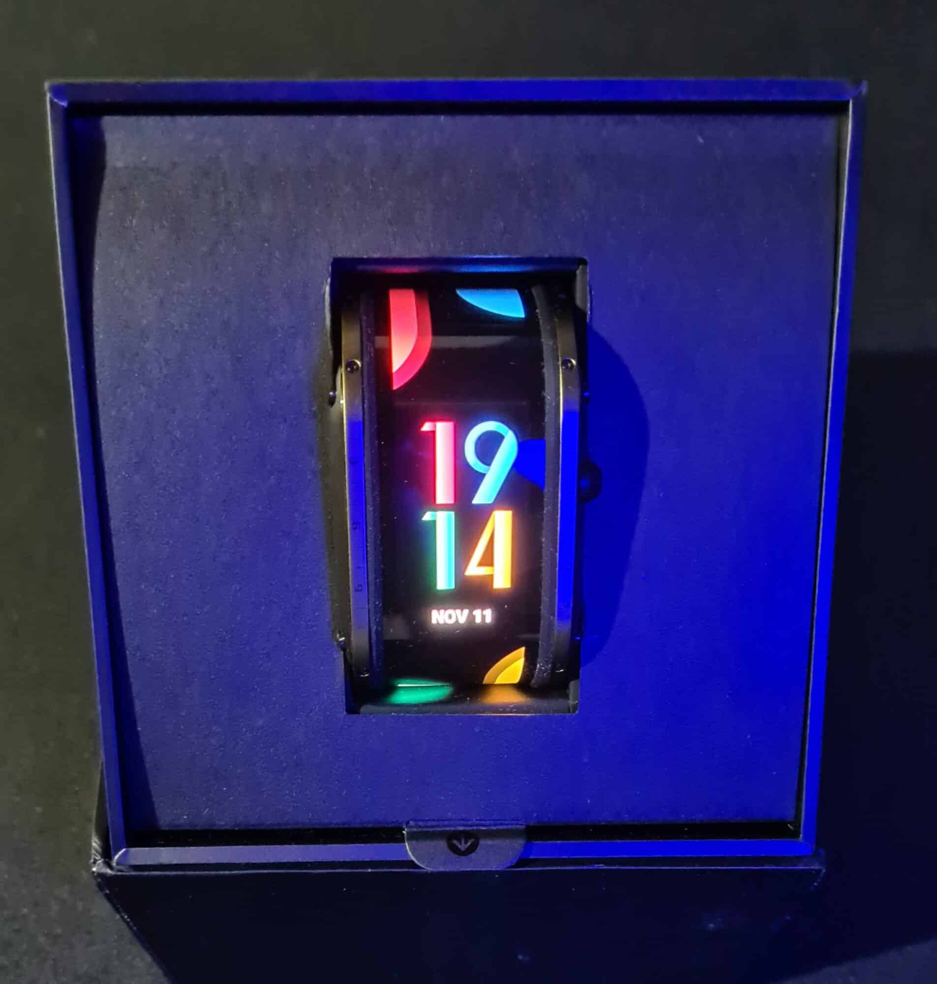 Image ouverture nubia watch unboxing