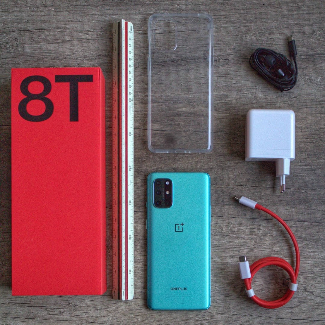 Unboxing OnePlus 8T