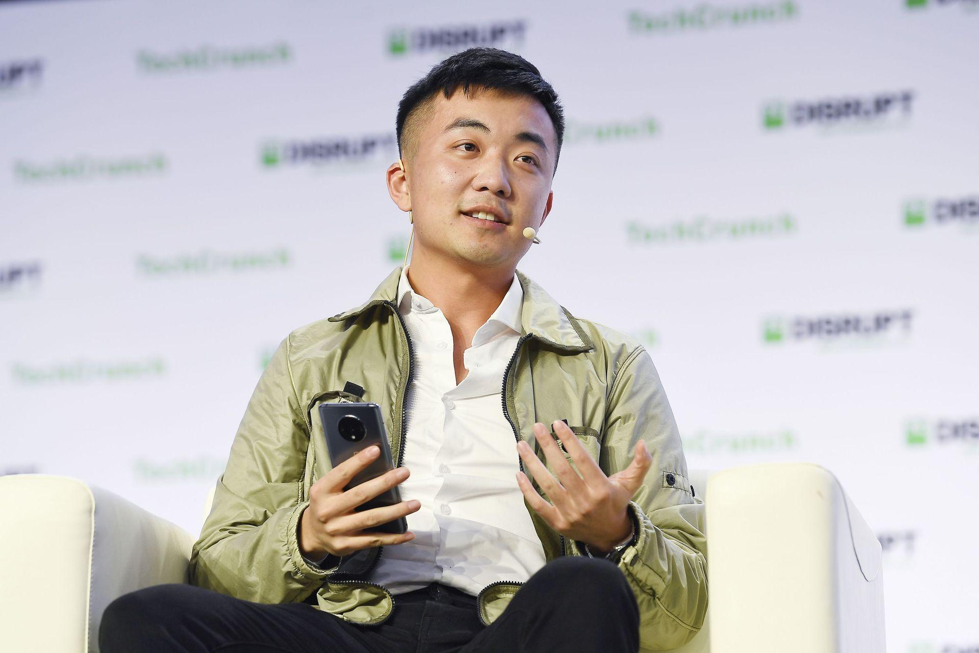 , Le co-fondareur de OnePlus Carl Pei explique les raisons de son départ